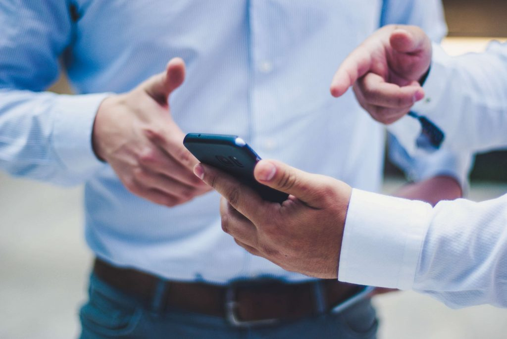 Overcoming enterprise mobility challenges with airdroid business mdm software