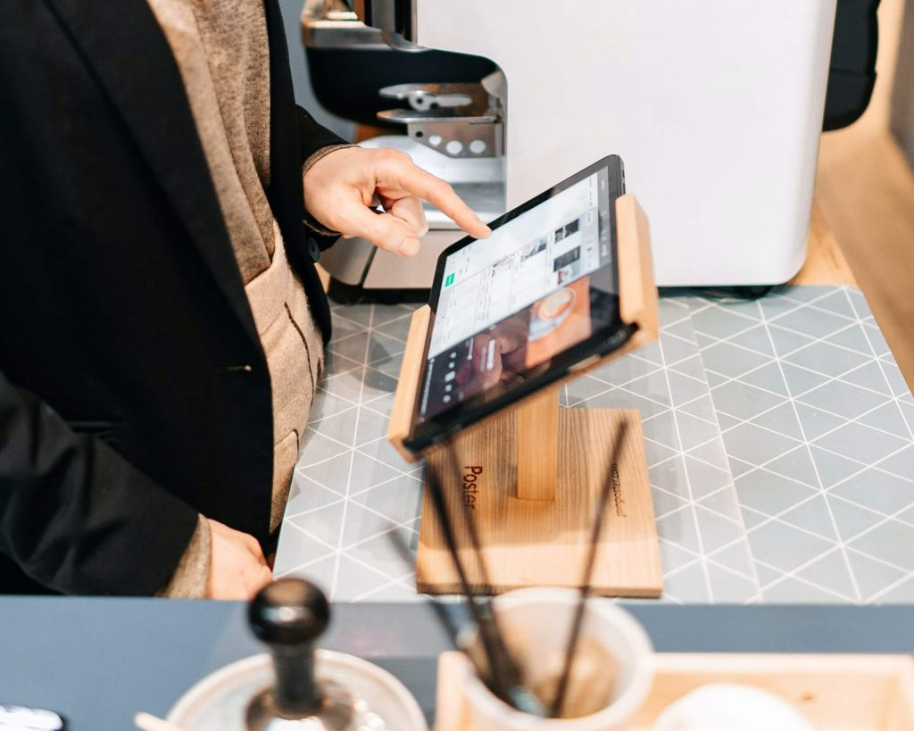Why Your Business Should Consider a Mobile Point of Sale Solution